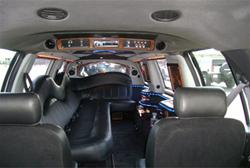 lincoln-navigator-limousine-3